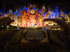 "It's a Small World - Disneyland • <a style=""font-size:0.8em;"" href=""http://www.flickr.com/photos/85864407@N08/8269112502/"" target=""_blank"">View on Flickr</a>"