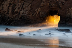 Light Through the Keyhole (bongarang) Tags: ocean california longexposure winter sunset mist water northerncalifornia season unitedstates pacific bigsur solstice filter northamerica geography pfeifferbeach lightray neutraldensity 10stop bigstopper