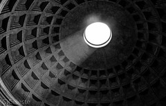 The famous dome of The Pantheon (ako_ni) Tags: travel light italy rome architecture ceiling dome spotmetering patheon romanhistory travelphotography ancientbuilding sigma1770m canon450d