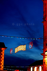Tipperary Town, Christmas 2012 (ggcphoto) Tags: christmas ireland 50mm christmaslights gettyimages darkbluesky sonyalpha tipperarytown christmas2012 gettyimagesirelandq12012 yahoo:yourpictures=christmaslights