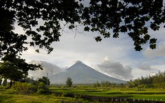 Mayon Volcano (jobarracuda) Tags: volcano philippines bicol mayonvolcano philippinetourism wowphilippines perfectcone jobarracuda jojopensica philippinestouristdestination oliverpensica itsmorefuninthephilippines