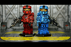 Red vs. Blue (Geoshift) Tags: lego 4 halo spartan brickarms halo4 customminifig legohalo legocustomminifig brickaffliction
