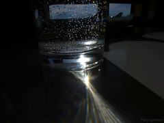 Elementa alchemica (anjoyplanet) Tags: life light sky water glass eau ray lumire air gaz oxygen ciel elements rayon element alchemy diffraction verre oxygene alchimie lments