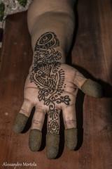 henn (Alessandro Mortola) Tags: henne mano india marrone colore rosso hand