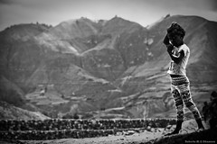 Ei Juncal- Valle del Chota- Ecuador (photo.okamura) Tags: trip photo ecuador do foto afro jornalismo nina roberto menina sul trabalho equador ecuatoriana fotojornalismo americadosul okamura documentario maerica sulamerica equatoriana photookamura