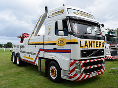 Lantern Recovery Specialists plc Volvo FH Globetrotter FH07 LRS (5asideHero) Tags: truckfest south west wales 2016 recovery truck lantern specialists plc volvo fh globetrotter fh07 lrs