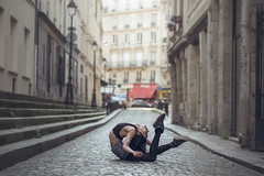 (dimitryroulland) Tags: nikon d600 85mm 18 dimitry roulland paris france urban street city circus artist performer art flexible people flexibility natural light