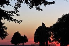 bon week-end (avec une connexion retrouve !) (fidber) Tags: sunset coucherdesoleil sion saintois