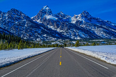 DSC00560--Jackson Hole Valley, Wyoming (Lance & Cromwell back from a Road Trip) Tags: grandtetons nationalpark roadtrip 2016