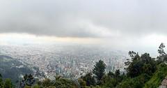 Esta es la mejor vista de todo Bogot. Desde el santuario de Monserrate. #viajeronuncaturista #monserrate #latepost #juanjoonthemove #vacaciones (Huangho) Tags: esta es la mejor vista de todo bogot desde el santuario monserrate viajeronuncaturista latepost juanjoonthemove vacaciones