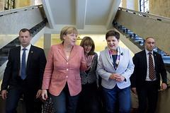 Spotkanie szefów rządów państw Grupy Wyszehradzkiej z kanclerz Angelą Merkel (Kancelaria Premiera) Tags: v4 grupawyszehradzka niemcy angelamerkel premier beataszydło