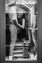 Pepe Reyes-160906-001 (Pepe Reyes (jorego)) Tags: 2016 compaia escaparate fotografacallejera maniques mujer streetphotography