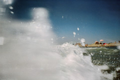 (Benedetta Falugi) Tags: film analog wave foam water filmisnotdead filmphotography fujisuperia istillshootfilm ishootfilm summer sea shootingfilm beach beliveinfilm benedetafalugi bythesea principina blue analogic asummer analogphotography 35mm