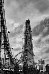 Tokyo Dome Jet Coaster (RW Sinclair) Tags: 2016 30mm contemporary japan september sony tokyo a6000 alpha csc digital f14 milc mirrorless sigma 日本 東京 jet coaster roller rollercoaster ride thrill blackandwhite monochrome bnw bw 白黒 モノクロ