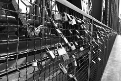 Locked Love (nan.gao) Tags: 1740 canon 30d