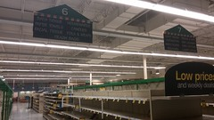 Cleaning aisles, cleaned out for good (Retail Retell) Tags: kroger grocery store hernando ms retail desoto county millennium dcor 475 marketplace v478 construction expansion project closure fixture sale emptiness memorabilia