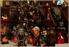 Happy Holidays from the Mez-Itz! (Boogeyman13) Tags: christmas holiday jason monster toy toys actionfigure holidays leatherface nosferatu alien dracula frankenstein monsters mummy wolfman brideoffrankenstein freddykrueger invisibleman edwardscissorhands vincentprice phantomoftheopera creaturefromtheblacklagoon mezco