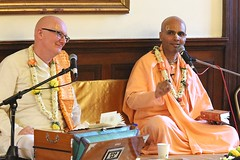 Bhagavad Gita Maha Yajna Gita Jayanti recital - Bhaktivedanta Manor - 23/12/2012 - IMG_8858 (DavidC Photography 2) Tags: uk winter england london english temple fire for is hare december c sunday ceremony recital it international heath hh 23 das gita krishna krsna manor chapter society maha prabhupada 23rd consciousness hg swami hertfordshire watford gauri mandir sanskrit sacrifice summary 2012 herts aldenham maharaj jayanti iskcon bhagavad bhakti srila bhaktivedanta bhagavadgita summaries asitis a yajna as rasamrita letchmore purports internationalsocietyforkrishnaconsciousness