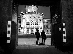 framed (nicolasheinzelmann) Tags: winter bw digital schweiz switzerland flickr december fuji framed frame sw fujifilm bern bundeshaus framing schwarzweiss rahmen x10 paare bundesplatz passanten fujifilmx10 fujinonasphericallens nicolasheinzelmann fujix10 1dezember2012
