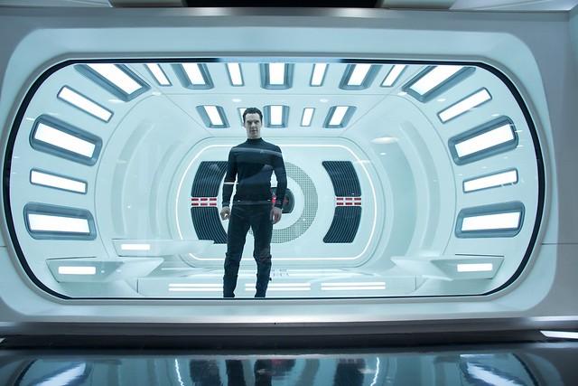 「闇黑無界: 星際爭霸戰」釋出11 張全新高解析劇照
