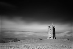 Broadway Tower (Ben Locke (Ben909)) Tags: longexposure blackandwhite tower monochrome ir broadway infrared worcestershire hoya r72