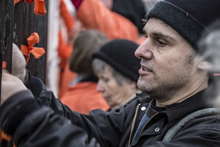 Witness Against Torture: Jeremy Ties a Ribbon