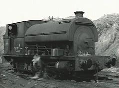 Peckett 1860 (hugh llewelyn) Tags: type peckett 060st ox1 alltypesoftransport no1860