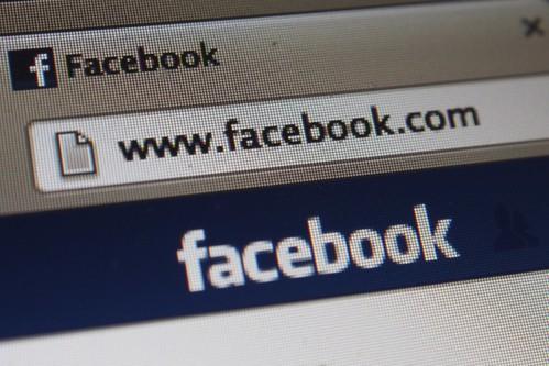 Facebook Logo at Macbook by acidpix, on Flickr