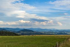 Cumulus & Altocumulus (fotosmeteo) Tags: summer estiu meteo nvols auvergne paisatge landscape france clouds naturalesa nature natura capvespre cumulus altocumulus