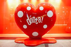 (Carl_W) Tags: doota dongdaemun shopping shoppingcentre shoppingmall red redheart heart decoation korea seoul travel canon canoneos6d eos eos6d 6d fullframe love