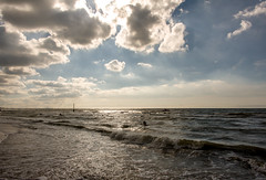 20160724_173346.jpg (photowehrli) Tags: nuage depanne ciel ville cloud sky