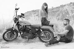 52 retratos en B/N: 34/52 (kinojam) Tags: retrato portrait pareja couple gente people amor love moto motorbike harleydavidson bn bw kino kinojam canon canon6d