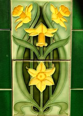 Art Deco daffodil tiles (Ruth and Dave) Tags: pennyfarthing publichouse pub fireplace tiles daffodil narcissus flower decor decoration artdeco oakbay victoria