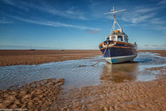 Meols and Perch Rock (4 of 4) (andyyoung37) Tags: boat meolsbeach bluesky thewirral