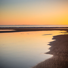 Beach sunset in Bretagne (Zeeyolq Photography) Tags: beach bretagne france landscape sand sea sunset water leconquet