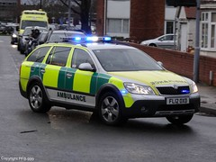East Midlands Ambulance Service Skoda Octavia Scout Rapid Response Vehicle On Shout (PFB-999) Tags: car wales hospital call estate offroad 4x4 princess blues plate 4wd scout ambulance east diana vehicle leds service 12 emergency rapid emas grilles battenburg skoda shout octavia grimsby midlands response unit bluelights on lightbar responding rrv of fendoffs fl12oxd