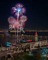 Happy New Year! (mikeSF_) Tags: ocean california christmas street new eve bridge building mike ferry photography lights bay pier san francisco long exposure pacific pentax market fireworks 14 embarcadero years pyro limited barge k5 oria spectaculars da21 httpmikeoriazenfoliocom