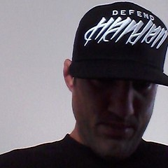 "Da Spyder rocking the new Defend Hawaii x FLAKS #snapback • <a style=""font-size:0.8em;"" href=""http://www.flickr.com/photos/89357024@N05/8347057335/"" target=""_blank"">View on Flickr</a>"
