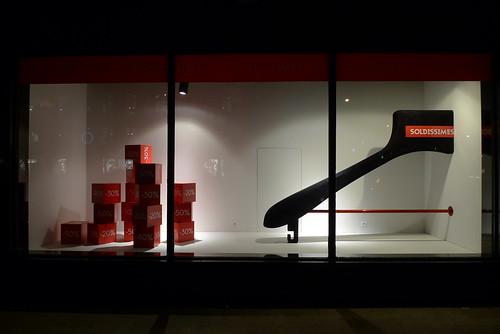 Vitrines Soldes aux Galeries Lafayette - Paris, janvier 2013