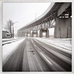 365: Day 33 (Richard Pilon) Tags: bridge winter snow ontario canada cornwall international february day33 seaway iphone day33365 iphoneography hipstamatic 3652013 365the2013edition 33feb13