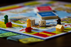 DKT (Jules Marco) Tags: monopoly spiel game unterhaltung passthetime flickrfriday zeitvertreib wrfel cube spielbrett gameboard macro canon eos600d tamronsp90mmf28divcusdmakro depthoffield dof tiefenschrfe dkt