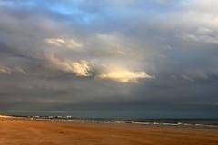 Nuages (2) (Antonio Sanchez Garrido) Tags: nuages nubes nuvole nuvens nwn plagedesbecs sainthilairederiez vende paysdelaloire france francia