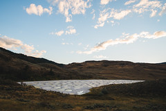 Spotted Lake (eric.vanryswyk) Tags: spotted lake south okanagan osoyoos oliver similkameen cawston crowsnest kelowna british columbia canada water minerals salt desert dusk sunset blue red green grass grassland landscape serene calm nikon d610 nikkor 20mm f18