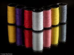 Farbspiel II - (explored 23.9.16) (J.Weyerhuser) Tags: macros farben spiegelung garn