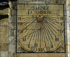 Mise en garde (chando*) Tags: bretagne brittany cadransolaire church finistre notredamedecroazbatz ombre roscoff shadow sundial glise