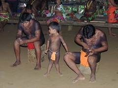 DSCN0856 (KaDresel) Tags: children rainforest child panama embera woodcarving artisian nativeboy nativemen emberaboy emberavilliage nativevilliage