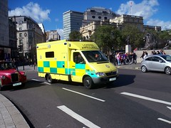 London Ambulance Service NHS Trust LJ05FJY (Waterford_Man) Tags: 7156 londonambulanceservicenhstrust lj05fjy