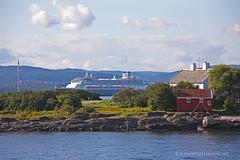 Summer (Leifskandsen) Tags: camera sea vacation nature oslo norway canon coast living rotterdam ship norwegian scandinavia navigation oslofjorden steilene visitoslo leifskandsen skandsenimages