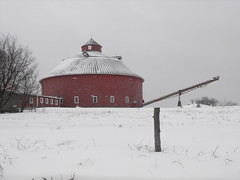 Round Barn in West Brome, Qc (pegase1972) Tags: winter snow quebec hiver qubec neige qc estrie roundbarn easterntownships