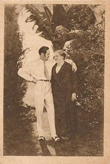 Adolph Menjou & his mom in Hollywood (1920s) (addie65) Tags: 1920s vintage hollywood warnerbrothers vintageclothes vintagephoto vintagedress hollywoodland classicactor vintagehair classicfilm classichollywood vintagehollywood deceasedactor aldolphmenjou